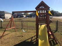 back yard play set need gone ASAP in Hinesville, Georgia