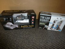 Battle Tank R/C and Tin Can Robot (NEW) in 29 Palms, California
