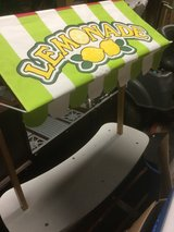 Melissa And Doug Lemonade and Grocery stand for kids in Kingwood, Texas