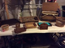 Brown baskets,trays, decor bundle-10pcs in Fort Campbell, Kentucky