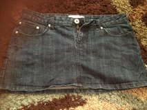 Women's sz11 jean skirt in Fort Polk, Louisiana