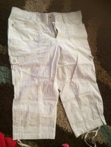 Women's khaki capri sz10 in Fort Polk, Louisiana