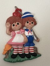Raggedy Ann and andy in 29 Palms, California