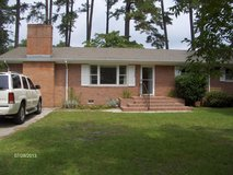 3 BR 1 1/2 Ba w/washer/dryer, central H&A 's, fenced yard, outside storage in Trent Woods in Cherry Point, North Carolina