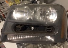 USED..Drivers Side headlight Assembly/2005 Chevy Trailblazer in Eglin AFB, Florida