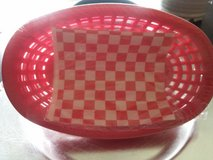 4PC BASKETS W/ PAPER LINERS in Yorkville, Illinois