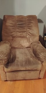 Recliner in Bartlett, Illinois