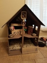 Dog/Cat Bed or doll house Must go today in Fort Polk, Louisiana