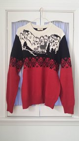Dockers - Medium - Long Sleeve Sweater in Westmont, Illinois