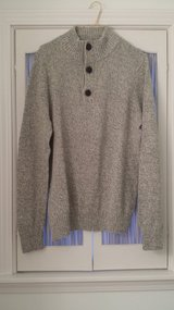 Urban Pipeline - Medium - Long Sleeve Sweater in Westmont, Illinois