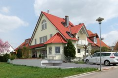 Cozy large home with mother-in-law-suite in Wolfschlugen in Stuttgart, GE