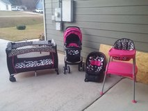 Matching baby carseat/stroller/pack n play/highchair in Fort Benning, Georgia