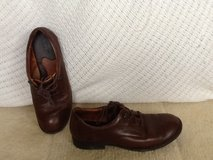 Born brown dress shoes size 8 boys in Okinawa, Japan