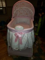 Gliding bassinet Disney princess in Fort Polk, Louisiana