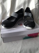 Clarks CloudSteppers Black Mary Jane Size 9 in Plainfield, Illinois