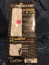 Dunlop Intersect right men's large golf glove in Pleasant View, Tennessee