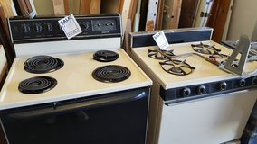 1 electric and 1 gas stove in Alamogordo, New Mexico