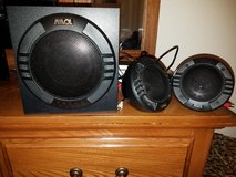 Speakers w/ subwoofer in Warner Robins, Georgia