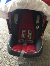 Baby car seat/ jogger stroller in Vacaville, California