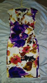 Lauren Floral fitted dress 2p in Nellis AFB, Nevada
