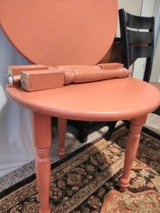 ROUND SIDE TABLES in Clarksville, Tennessee