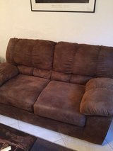 Brown Love seat in Baumholder, GE