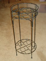 iron plant stand 28H x 12W in Naperville, Illinois