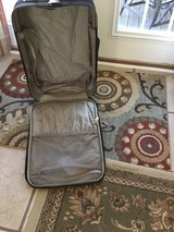 Black Travel Gear Suitcase /Luggage in Fort Campbell, Kentucky