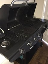 Charbroil Gas and Charcoil Dual Grill (Deluxe 1010 model) in Clarksville, Tennessee