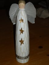 "8-1/2""H wood angel in Wheaton, Illinois"