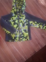 2t north face zip up hoodie in Orland Park, Illinois