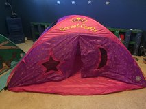 Twin tent bed in Rolla, Missouri