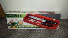New in Box!  Deluxe Carving Set in Bolingbrook, Illinois