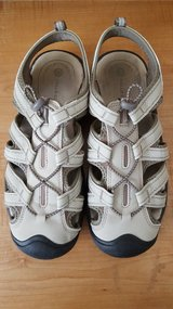 Women's Size 10 Sandals in Bolingbrook, Illinois