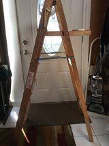 6 foot wooden ladder in Glendale Heights, Illinois