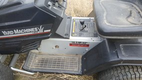 Yarn Machine MTD Riding Lawn Mower in Alamogordo, New Mexico