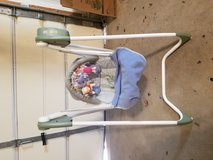 Graco baby swing (Bolingbrook) in Naperville, Illinois