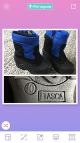 Snow Boots Size 10 in Wiesbaden, GE