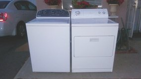 WASHER AND ELECTRIC 220V DRYER in Camp Pendleton, California