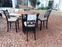 Pub table and 4 chairs in Beaufort, South Carolina