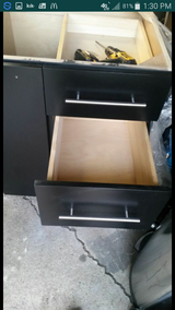 Base cabinet in New Lenox, Illinois