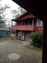 For Rent 2 bdrm/1, Upstairs Apt, avail Dec in Fort Polk, Louisiana