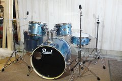 """PEARL Export """"Brand New"""" Aqua Blue Glitter with hardware included in Camp Lejeune, North Carolina"""