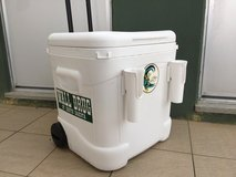 Igloo cooler with fishing rod holders & easy roll handle in Okinawa, Japan