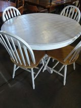 Round White Table with 4 chairs in Wilmington, North Carolina