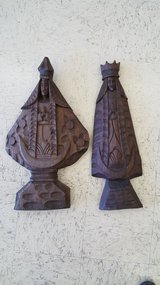 Wooden King and Queen Wall Hanging Pieces in Lawton, Oklahoma