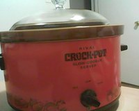 Vintage Rival Crock Pot in Chicago, Illinois