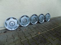MERCEDES BENZ 15'' HUBCAPS (5) in Ramstein, Germany