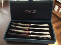 Set of 4 Towle Stainless Steel Knives in Beaufort, South Carolina