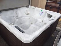 caldera Hot Tub 6 person Excellent Condition in Las Cruces, New Mexico